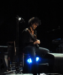 Doyle Bramhall RAH 17 May 2013