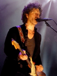 Doyle Bramhall RAH 18 May 2013